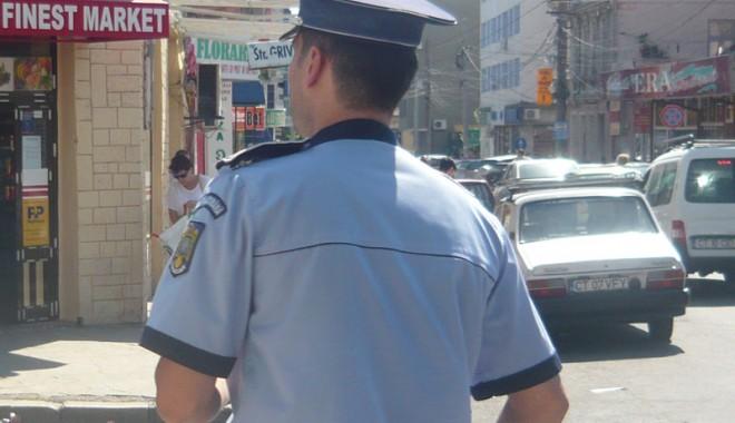 Foto: Sute de poliţişti din Constanţa, acuzaţi că nu-şi fac treaba!