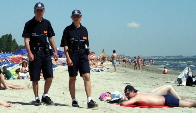 Poliţiştii români fac pe ghizii turistici în Bulgaria