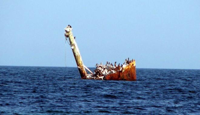 Povestea epavei de la Vama Veche. Cum a scăpat echipajul de la moarte - fondpovesteaepavavamaveche-1393008725.jpg