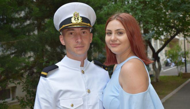 Premieră la Şcoala de Maiştri Militari. O fată în fruntea promoţiei 2021 - fondpremieralascoala4-1627662487.jpg