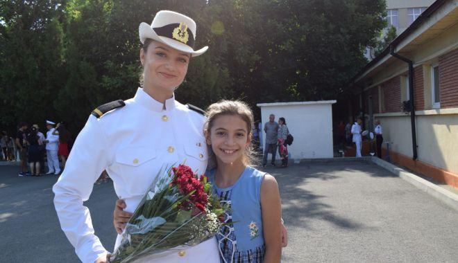 Premieră la Şcoala de Maiştri Militari. O fată în fruntea promoţiei 2021 - fondpremieralascoala5-1627662496.jpg