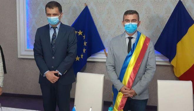 Gheorghe Cojocaru, învestit în funcția de primar al orașului Murfatlar - fondprimarulgeorgecojocarusite-1603635276.jpg