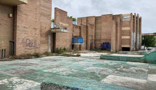 Teatrul de Vară din Mamaia, îngropat! Planurile de reabilitare, abandonate de Consiliul Judeţean Constanţa - fondprintteatruldevara2-1622656041.jpg