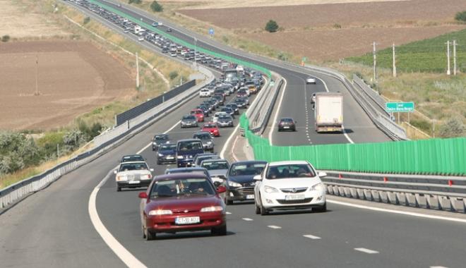 """Foto: Radare fixe între Constanța și București.  """"O să avem 4 camere pe A2"""""""