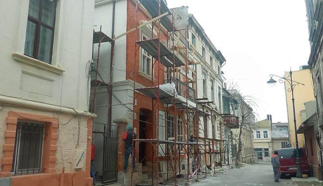 Constanța se întoarce la origini. Gata cu pereții roz și tâmplăria PVC pe clădirile vechi! - fondreabilitarearaedpp-1577054554.jpg