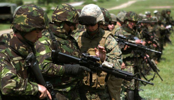 Foto: Ce este un rezervist voluntar şi cu cât este plătit. Centrul Militar din Constanţa face recrutări