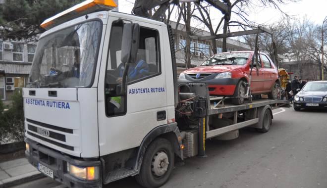 Foto: Nu vor mai fi ridicate maşinile în Constanţa? Avocatul Poporului a atacat hotărârile consiliilor locale