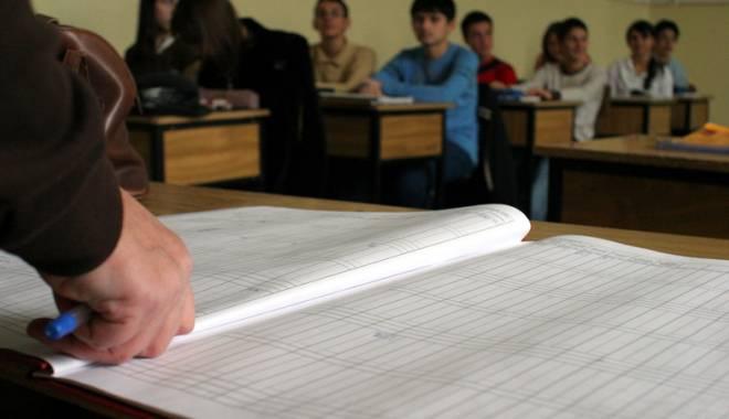 Foto: Profesorii constănţeni vor rămâne încremeniţi: li se dublează salariile!