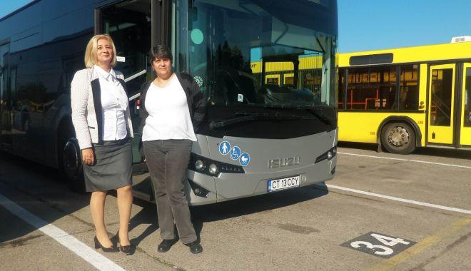 """Stăpânele autobuzelor de la RATC. """"Unii ne trimit la cratiță, alții fac poze cu noi!"""" - fondsoferiteratc7-1570045572.jpg"""