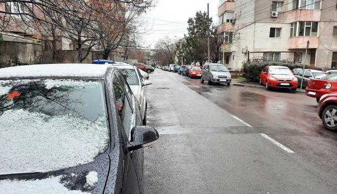 """Calvarul străduțelor înguste. """"Intrăm pe stradă cu «Doamne Ajută» pe buze!"""" - fondstraduteingusteaurorei-1610900233.jpg"""