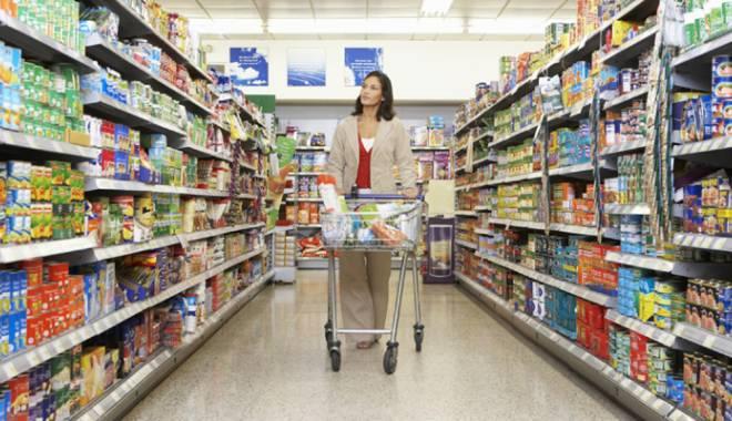 Foto: Supermarketurile din Constan�a, p�r�te la OPC pentru promo�ii mincinoase