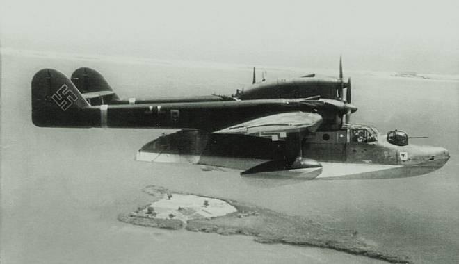Imagini spectaculoase! Tainele bazei de hidroaviaţie de la Palazu Mare - fondtainelehidroaviondeasuprains-1415984348.jpg