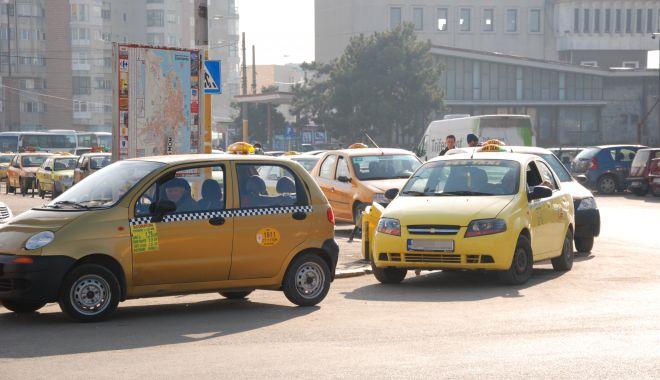 """Taximetriştii, riposte cu administraţia locală! """"Favorizați Uber-ul!"""" - fondtaxidezbaterepublica-1618507148.jpg"""