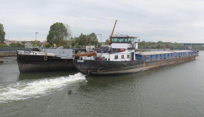 Traficul de mărfuri de pe Canalul Dunăre - Marea Neagră, salvat de grânele Serbiei și Ungariei - fondtraficulcanalelenavigabile12-1610736858.jpg