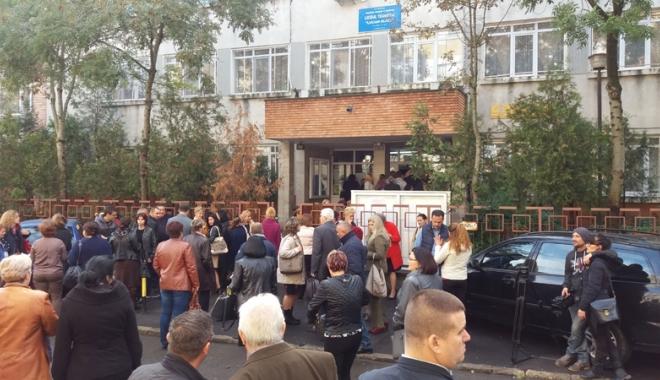 Foto: Urmările concursului de directori: zeci de şcoli constănţene îşi aleg... şefii prin vot