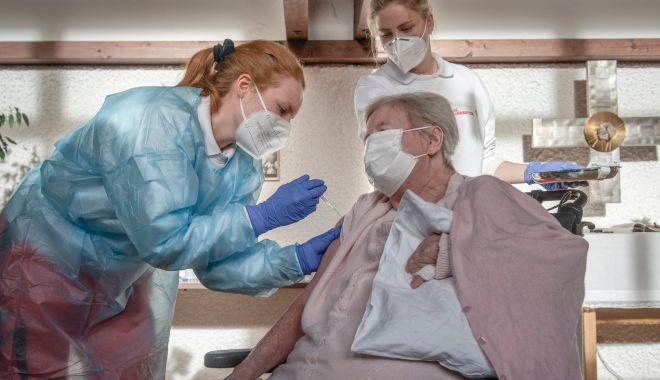 Aţi avut Covid și v-ați vindecat? Ce spun medicii despre vaccinare - fondvaccin-1610391912.jpg
