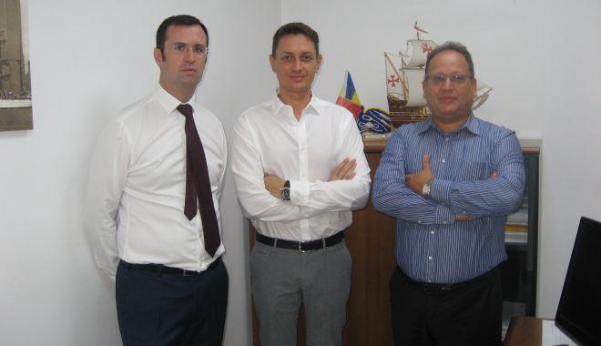 Veste bună pentru navigatorii români: ST Management le oferă mai multe locuri de muncă! - fondvestebunapentrunavigatoriiro-1568413521.jpg
