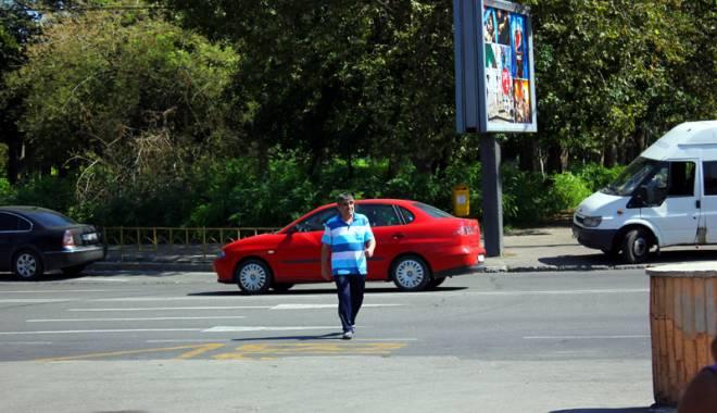 Foto: Şi călcaţi de maşină, şi cu banii luaţi / Capcanele din spatele accidentelor rutiere cu pietoni