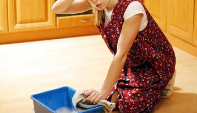 Foto: Vreţi să vă facă alţii curăţenia  de Paşte? Iată cât aveţi de plată!