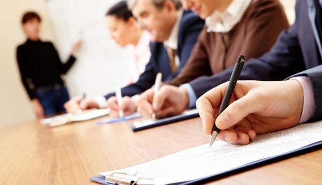 Foto: Noi programe de formare profesională pentru şomeri