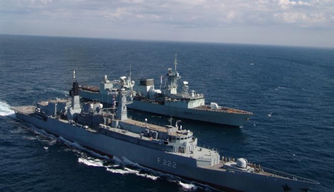 Foto: Forţele Navale Române, exerciţii în colaborare cu militarii turci