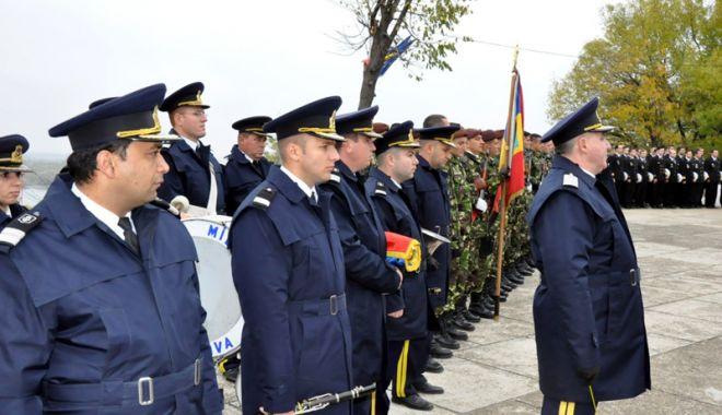 Foto: Forțele Navale Române marchează faptele de vitejie ale militarilor români