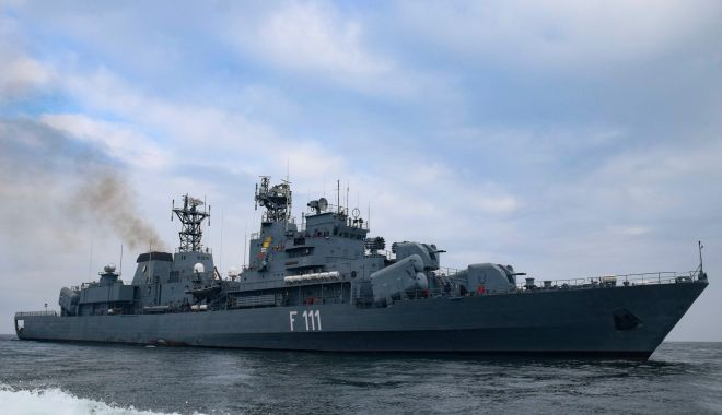 Peste un secol de tradiții pentru Flotila 56 Fregate și Grupul 256 Elicoptere, din cadrul Forțelor Navale - fortelenavaledublaaniversare2-1621175570.jpg