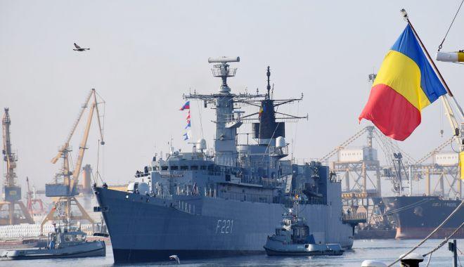 Peste un secol de tradiții pentru Flotila 56 Fregate și Grupul 256 Elicoptere, din cadrul Forțelor Navale - fortelenavaledublaaniversare4-1621175543.jpg