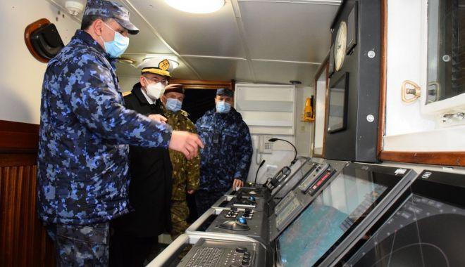 """Șeful Apărării din Spania, în vizită la Academia Navală și pe bricul """"Mircea"""" - fortelenavalespania2-1616944937.jpg"""