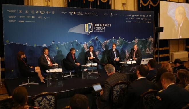 """Foto: """"Vrem să transformăm Constanţa şi zona adiacentă în principalul polarizator economic din regiunea Mării Negre"""""""