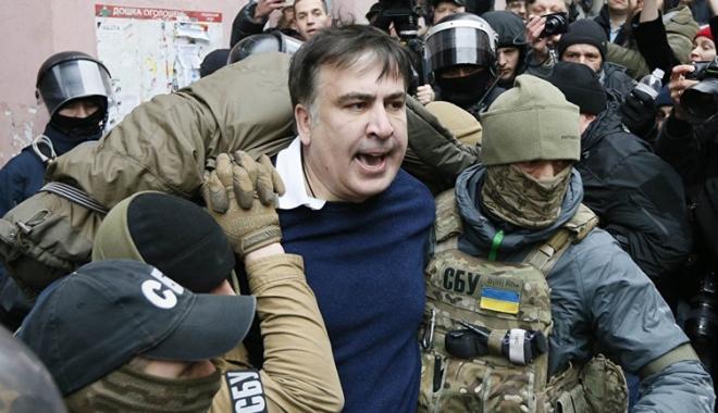 Foto: Fostul președinte georgian  Mihail Saakașvili,  eliberat de un tribunal din Kiev