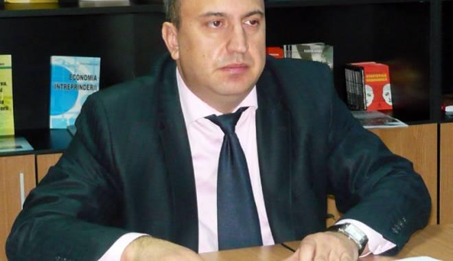 Dănuţ Epure, fostul rector  al Universităţii