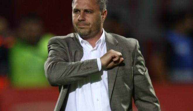 Foto: Fotbal / Marius Şumudică, noul antrenor al Braşovului