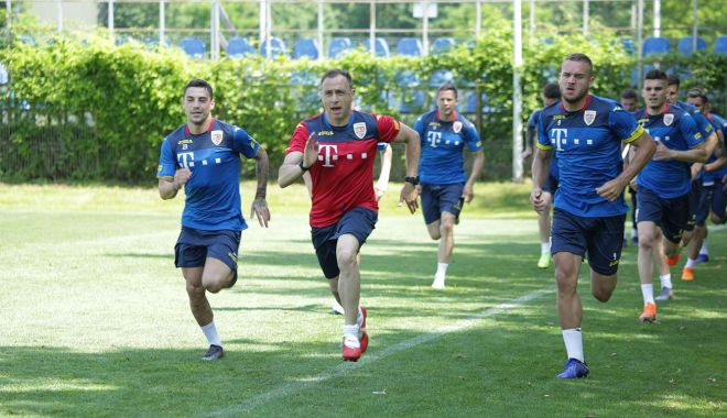 Ianis Hagi s-a alăturat naţionalei României - fotbal-1559242208.jpg
