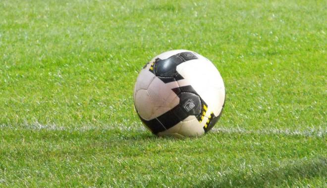 Foto: Fotbal / A doua retrogradată a Ligii a II-a se decide sâmbătă