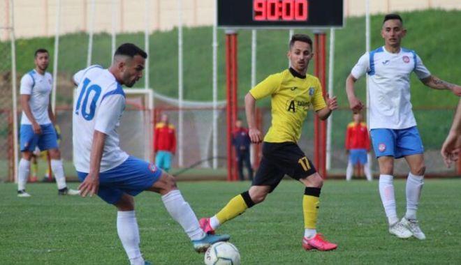 Fotbal / Barajul pentru promovarea în Liga a II-a. Program şi rezultate - fotbalbaraj1005-1620653671.jpg