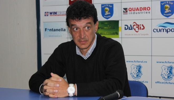 Foto: Fotbal / Ce SANCŢIUNE DRASTICĂ ar putea primi antrenorul Farului