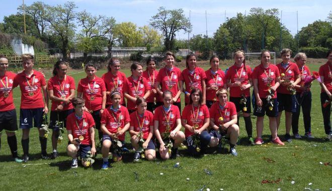 Foto: Selena SNC a promovat în Liga I la fotbal feminin