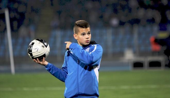 Foto: Ianis Hagi, situaţie SPECIALĂ la Fiorentina. Ce a decis clubul italian în privinţa fiului lui GICĂ HAGI