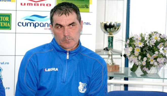 """Foto: Antrenorul FC Farul, Ion Răuţă: """"Nimeni nu ne mai dădea şanse, dar ne-am salvat"""""""