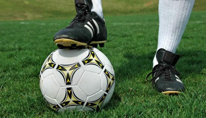 Foto: Fotbal - Liga 2 / Rezultatele etapei a XII-a şi clasamentul Seriei I