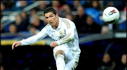 Foto: Fotbal: Cristiano Ronaldo, la egalitate cu Raul, în clasamentul all-time al marcatorilor