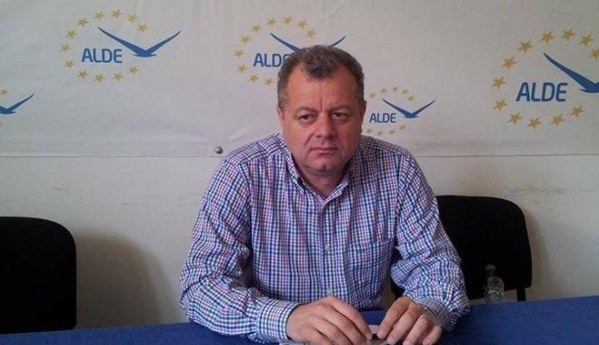 """Foto: """"Desemnarea candidatului Chiru pentru Primăria Constanţa a fost o greşeală a partidului"""""""