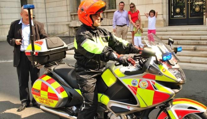 Foto: Primul ajutor de la SMURD vine pe motocicletă