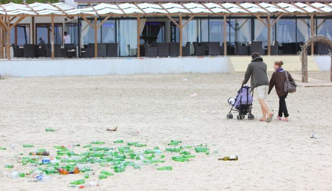 Foto: Fiasco în minivacanţa de 1 Mai, pe litoral. Cine şi de ce umflă numărul turiştilor veniţi la mare