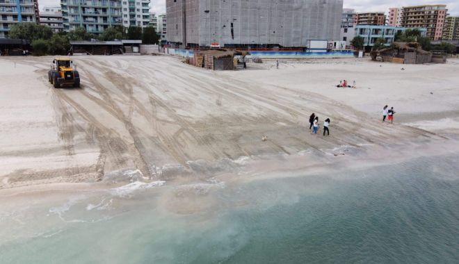 Foto: Accesul autovehiculelor pe plajă, strict interzis. Amenzi de până la 20.000 lei
