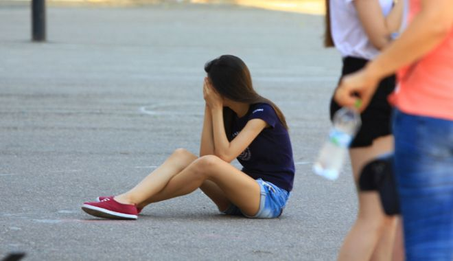 Foto: Generaţii ratate! Nu pot să ia Bacalaureatul, dar nici nu vor să înveţe o meserie