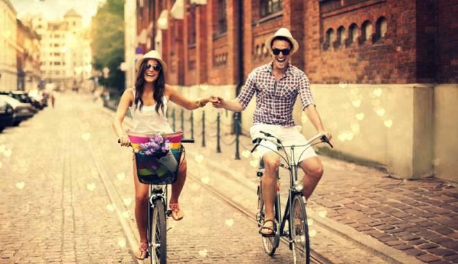 Foto: Sănătate şi ecologie. Biciclete gratuite pentru localnici şi pentru turişti, la Constanţa