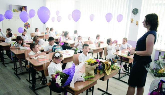 Foto: Când începe şcoala, la toamnă. Structura anului școlar 2018-2019