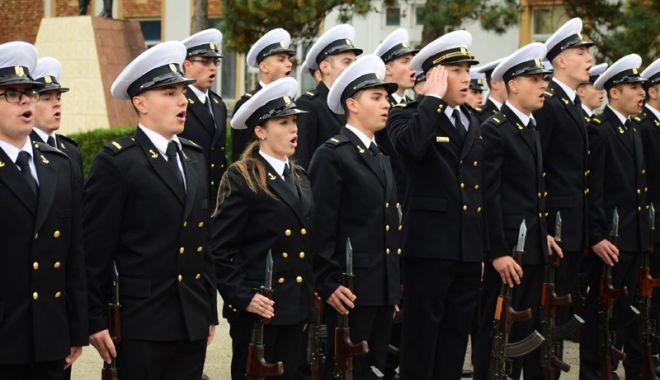 Foto: La Academie sau Universitate! Carieră militară pentru elevii constănţeni